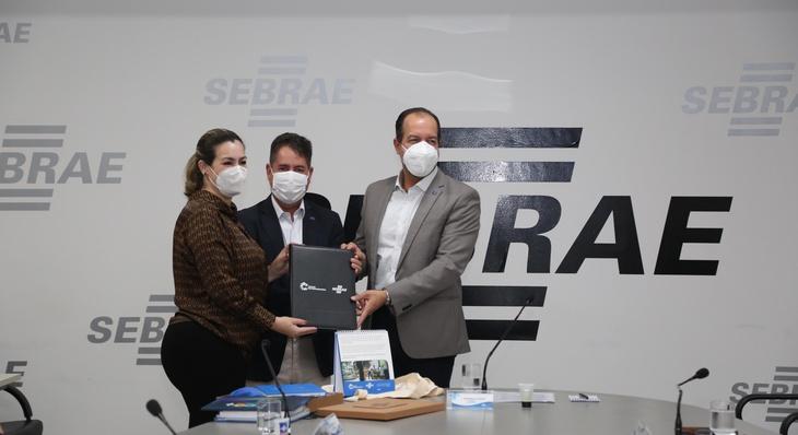 Prefeitura e Sebrae firmam parceria para implantação do programa 'Cidade Empreendedora'